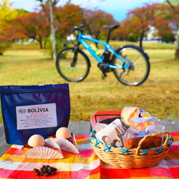 秋模様の公園でスイーツピクニック